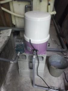 s-06-3井戸ポンプと砂取器