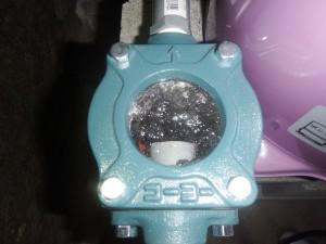 s-06-9砂取り器に流れる