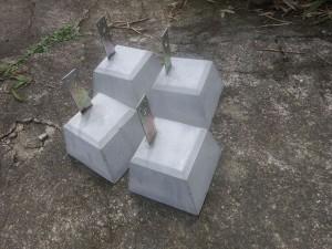 s-01-2束石